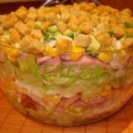 Легкий салатик с сухариками