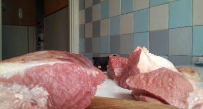 Хуже этого мяса не найти! Исключите его из рациона, если вам дорого здоровье!