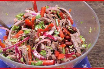 Оригинальный и безумно вкусный салат «Тбилиси» елаю на все праздники. Такой пикантный, с изюминкой...