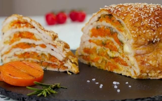 Нежная и сочная куриная грудка с сыром. Такая вкуснятина, что оторваться невозможно!