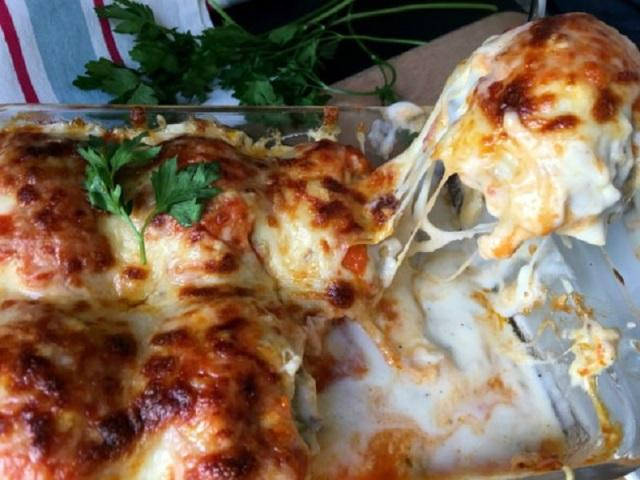 Казалось бы, обычные продукты… Блюдо стало моим козырным, и я долго скрывала рецепт от подруг!