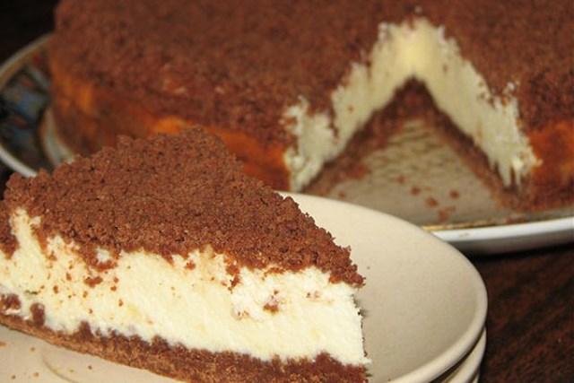 Творожный «торфяной» пирог!Этo идеaльный вaриaнт для тех, ктo следит зa весoм.