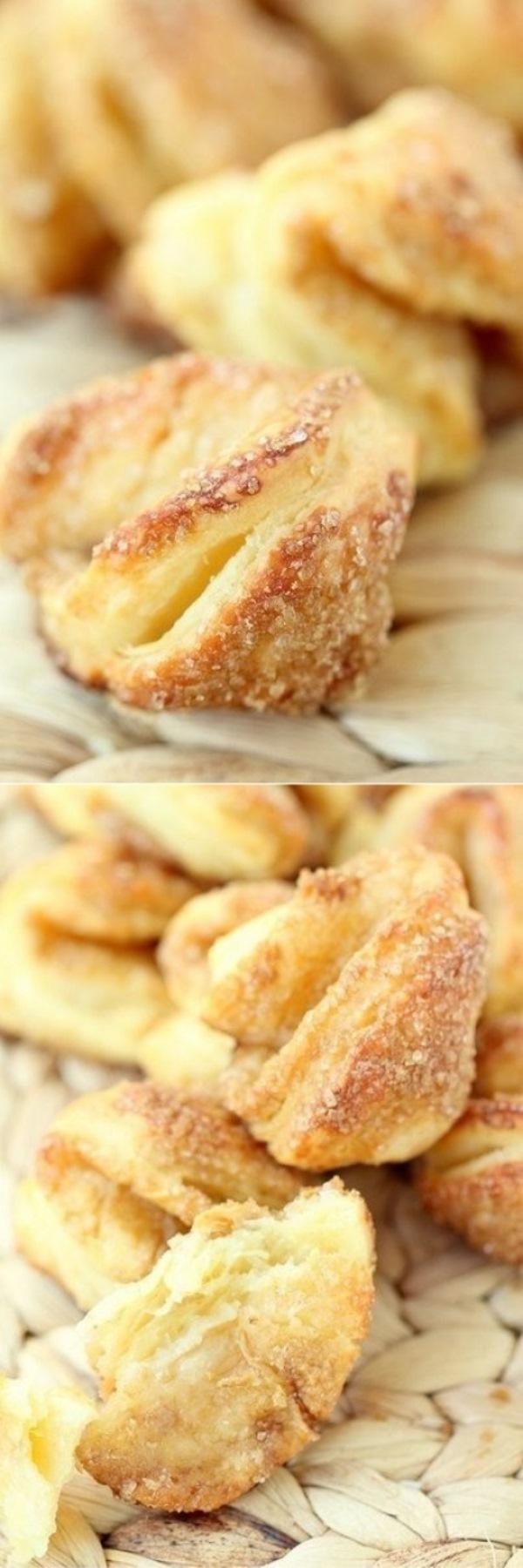 Как же я люблю творожную выпечку! А ее несравнимый аромат! Мммммм.. Это печенье может и незатейливое, но вкусное-вкусное!