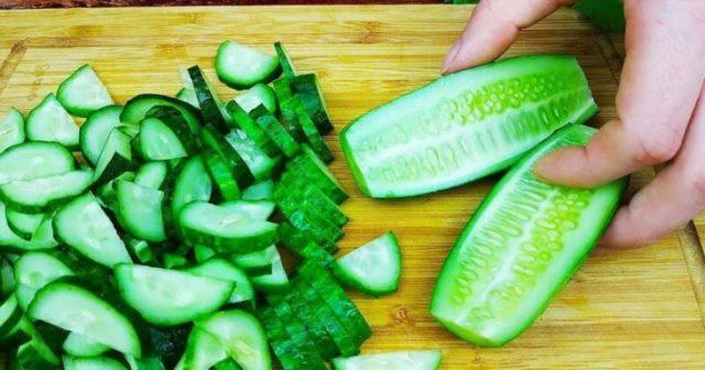 Открыла для себя новый салат из огурцов. Вкуснотища за 5 минут 1